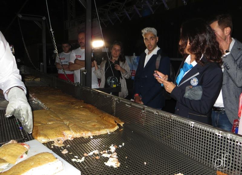 record-della-pizza-fritta-11